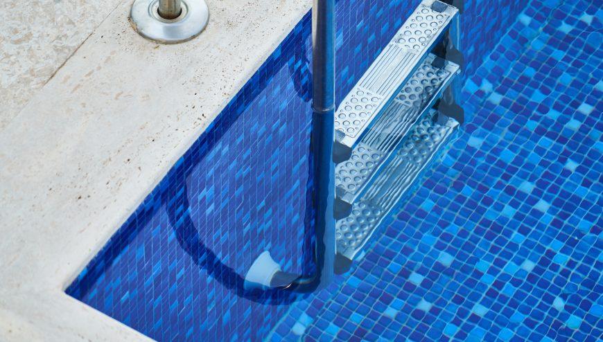 empresa mantenimiento piscinas caceres